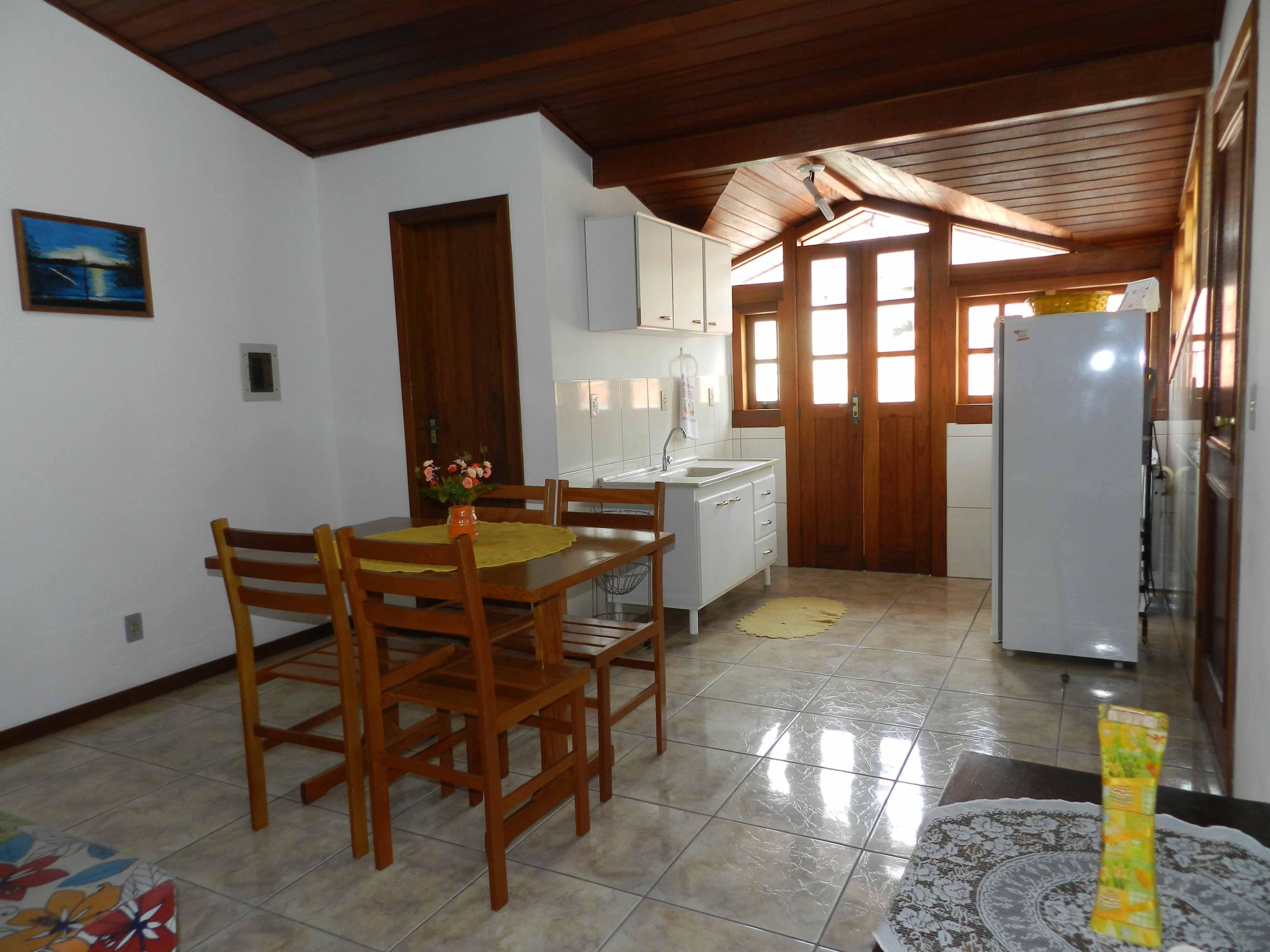Cozinha  Apartamento 10 #9F7A2C 4000 3000